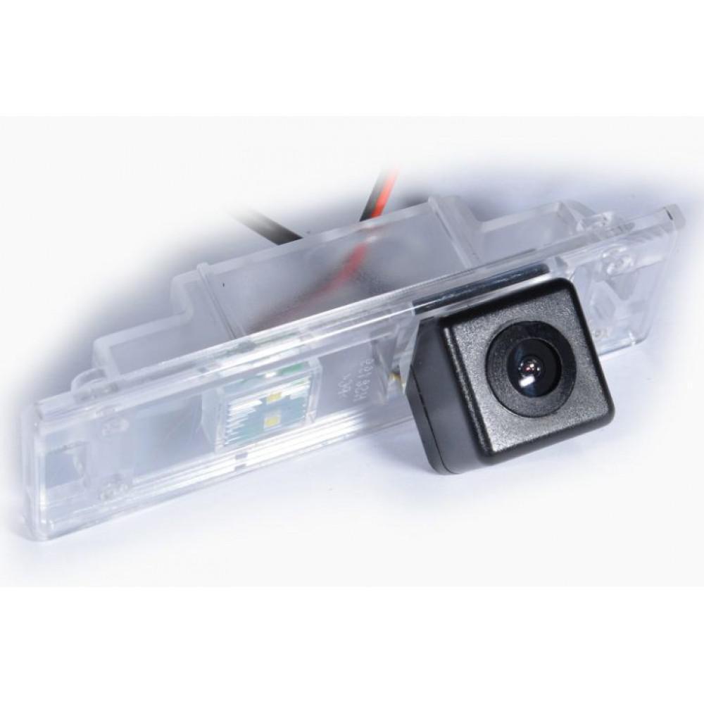 Камера заднего вида IL Trade 1370 BMW (1 E81 / E87 / F20 / F21 / 6 / Z4)
