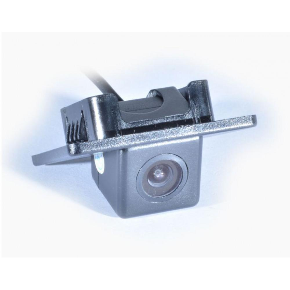 Камера заднего вида IL Trade 1398 HYUNDAI / KIA Cerato / SSANG YONG / GEELY