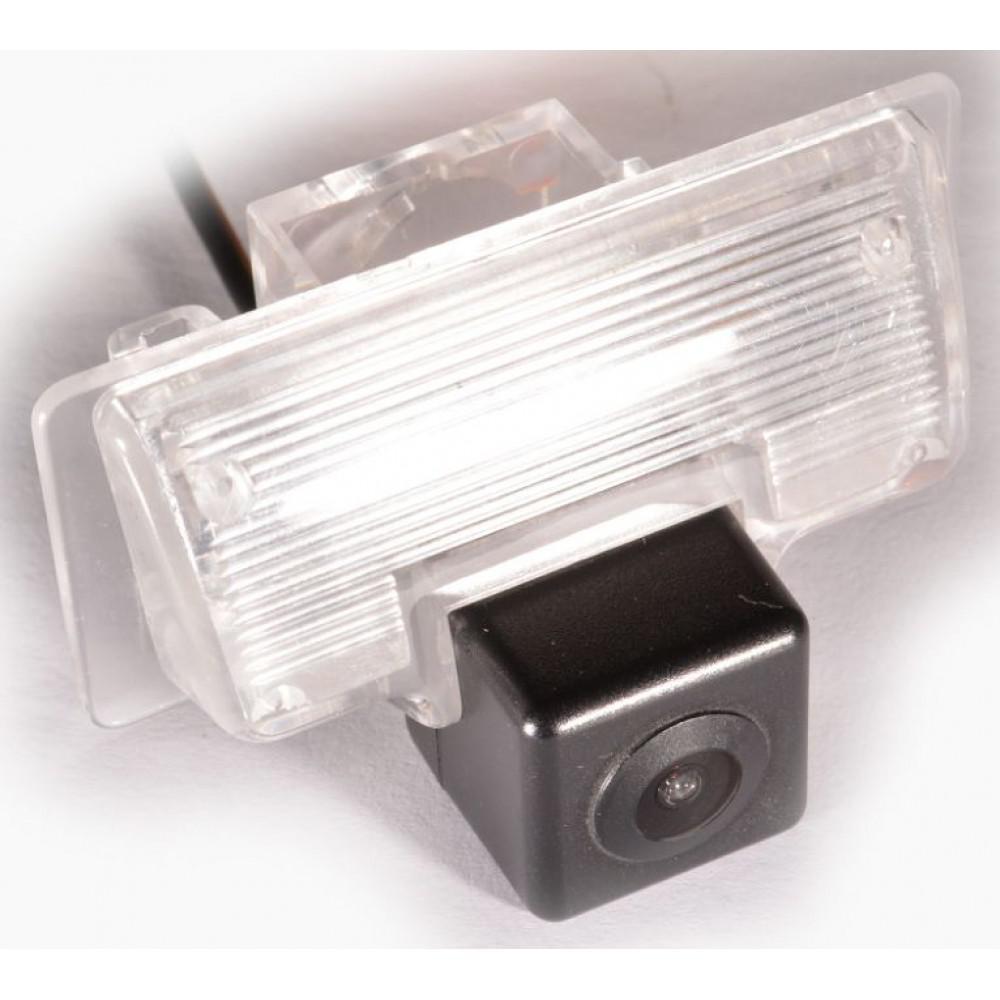 Камера заднього виду IL Trade 8888 NISSAN