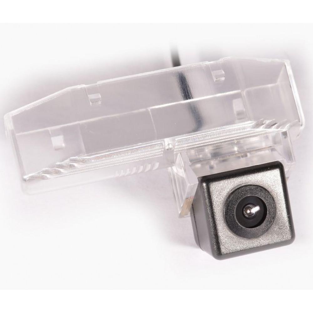 Камера заднего вида IL Trade 9596 MAZDA 6 II 4D / 6 II 5D