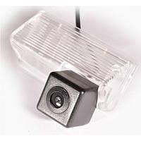 Камера заднего вида IL Trade G-002 TOYOTA Auris (2007-2014)/Avensis (2008+.)