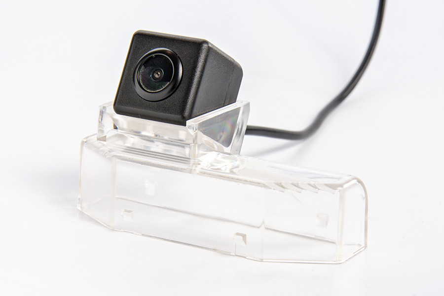 СКИДКА 50грн! Штатная камера заднего вида Fighter CS-CCD+FM-84 (Mazda)