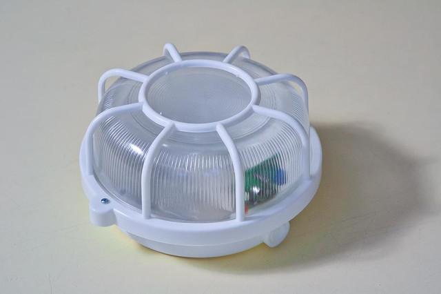 Светильники с акустическими выключателями
