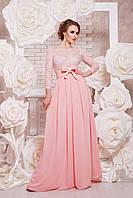Коктейльное длинное персиковое платье с кружевом и шифоновой юбкой под пояс Марианна д/р