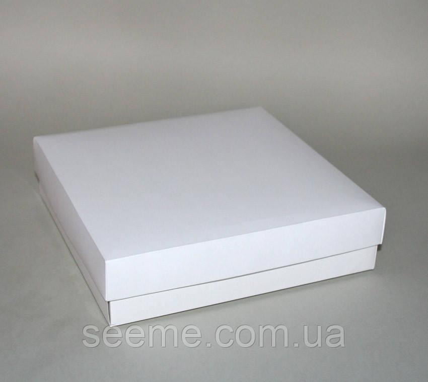 Коробка подарункова, 200х200х50 мм.