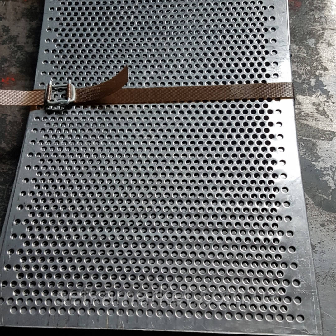Решето (сито) для Сепаратора (710х1420 мм.), толщина 0.8, ячейка 2,5 мм, оцинкованный металл