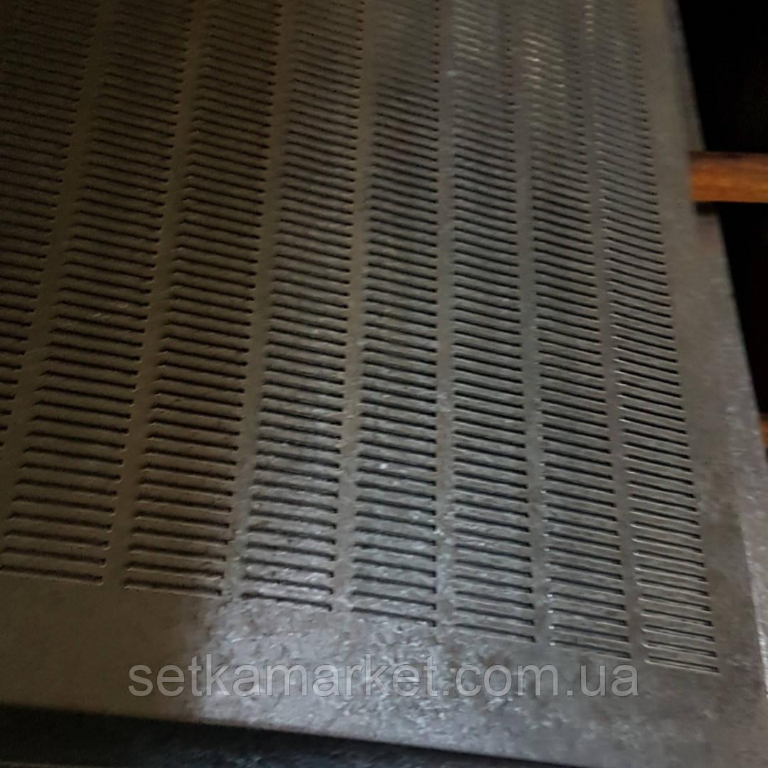 Решето (сито) для Сепаратора (710х1420 мм.), толщина 0.8, ячейка 1,7х20 мм, оцинкованный металл