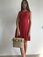 Червона сукня з бантовими складками