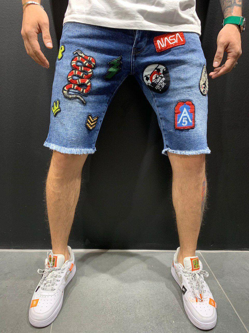 Мужские джинсовые шорты синие с нашивками 4695