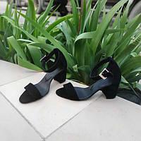 Босоножки на среднем каблуке женские замша черные ZS0041