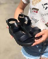 Кожаные босоножки без каблука женские черные ZS0042