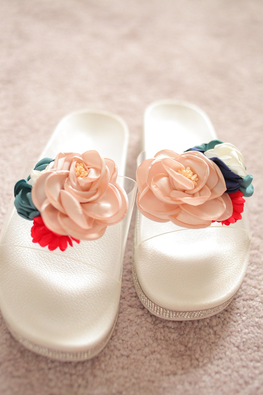 Женские шлепанцы белые Италия букет цветы прозрачность стразы на подошве 36-41