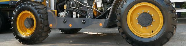 телескопічний навантажувач XC6