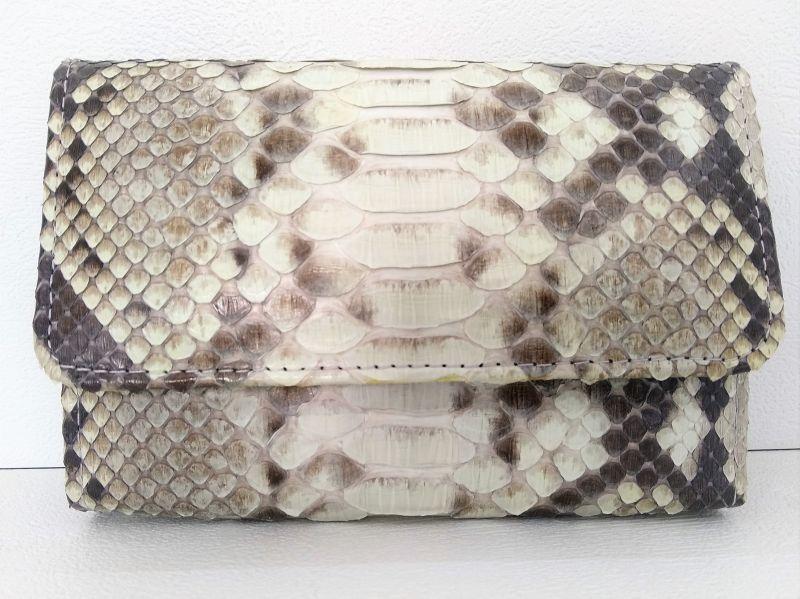 Кошелек женский из кожи Питона 14х9 см 2911b. PTI 007/52 Natural