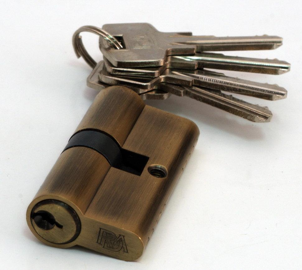 Цилиндр замка английский RDA 30/30 мм латунь