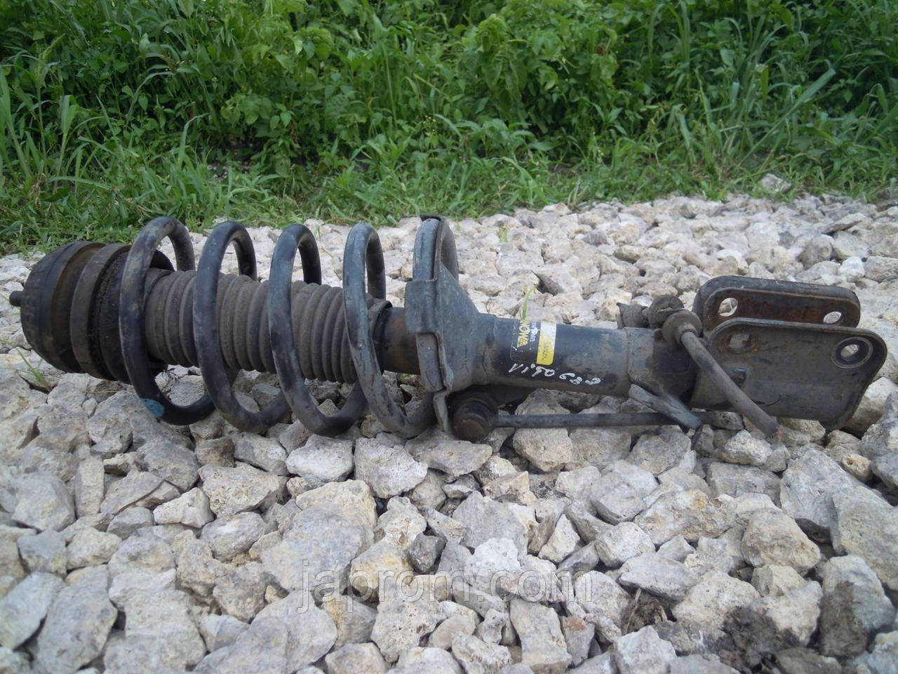 Амортизатор передний стойка амортизатора (в сборе) Mercedes Vito W638 1995—2003г.в.