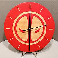 Часы настенные. Настенные деревянные часы Дедпул., фото 1