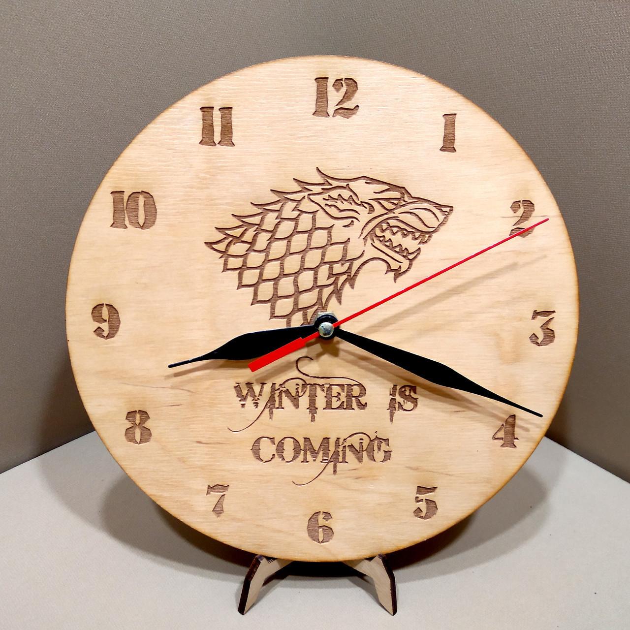 Часы настенные. Настенные деревянные часы.