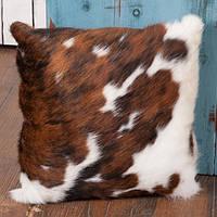 Декоративная подушка из натуральной шкуры коровы триколор