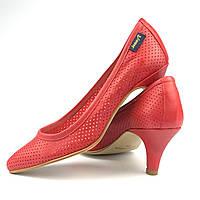 7b7e0b71ab5137 Кожаные туфельки для маленькой модницы Jonnys (Испания) р 32. Туфли на  каблуке