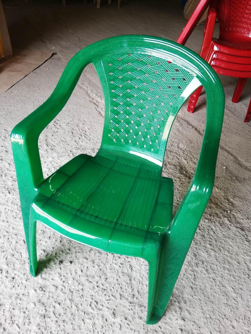 Стул пластиковое Люкс, кресло