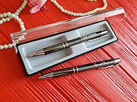 Ручка с гравировкой в футляре на подарок друзьям
