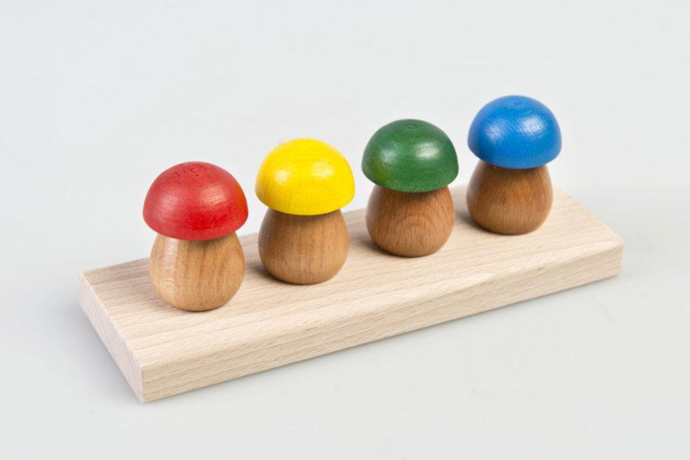 """ТАТО. Пірамідка """"Чотири грибочки""""."""