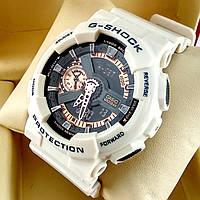 Ударопрочные, влагозащищенные, спортивные наручные часы Casio G-Shock GA-110A белого цвета золотой циферблат