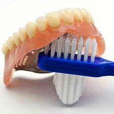 Засоби для догляду за зубними протезами