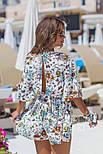 Женский стильный комбинезон-шорты с цветочным принтом ос завязкой (в расцветках), фото 3