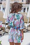Женский стильный комбинезон-шорты с цветочным принтом ос завязкой (в расцветках), фото 9