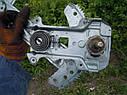 Стеклоподъемник передний левый механический Nissan Micra K11 1992-2002г.в., фото 3