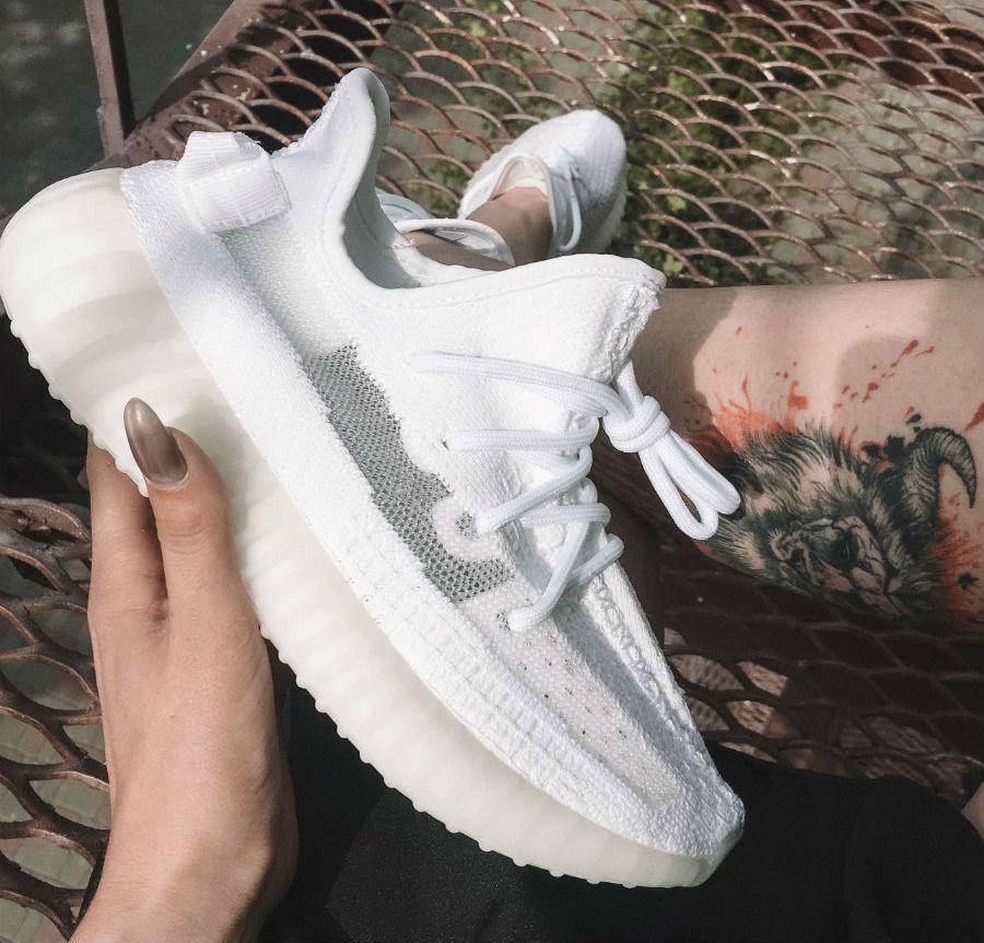 Adidas Yeezy Boost 350 V2 White | кроссовки женские; летниевесенние; белые Bigl.ua