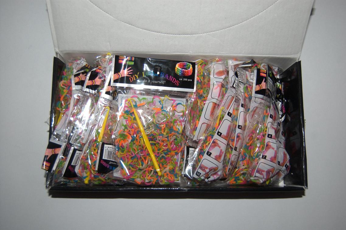 Резиночки для плетения Rainbow Loom 200шт. (разноцветные сердечки, ромашки, звездочки), фото 1