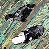 Женские кожаные черные шлепанцы на невысоком каблуке, фото 3