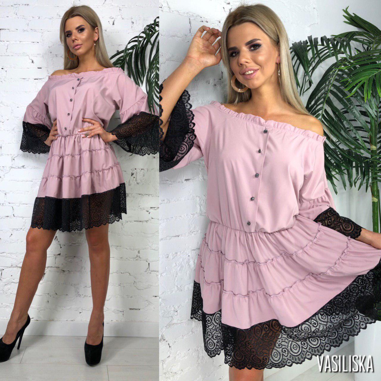 Платье летнее мини открытые плечина резинке по талиисофт+дорогое кружево Пудра