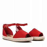 Женские босоножки красного цвета с открытым носком