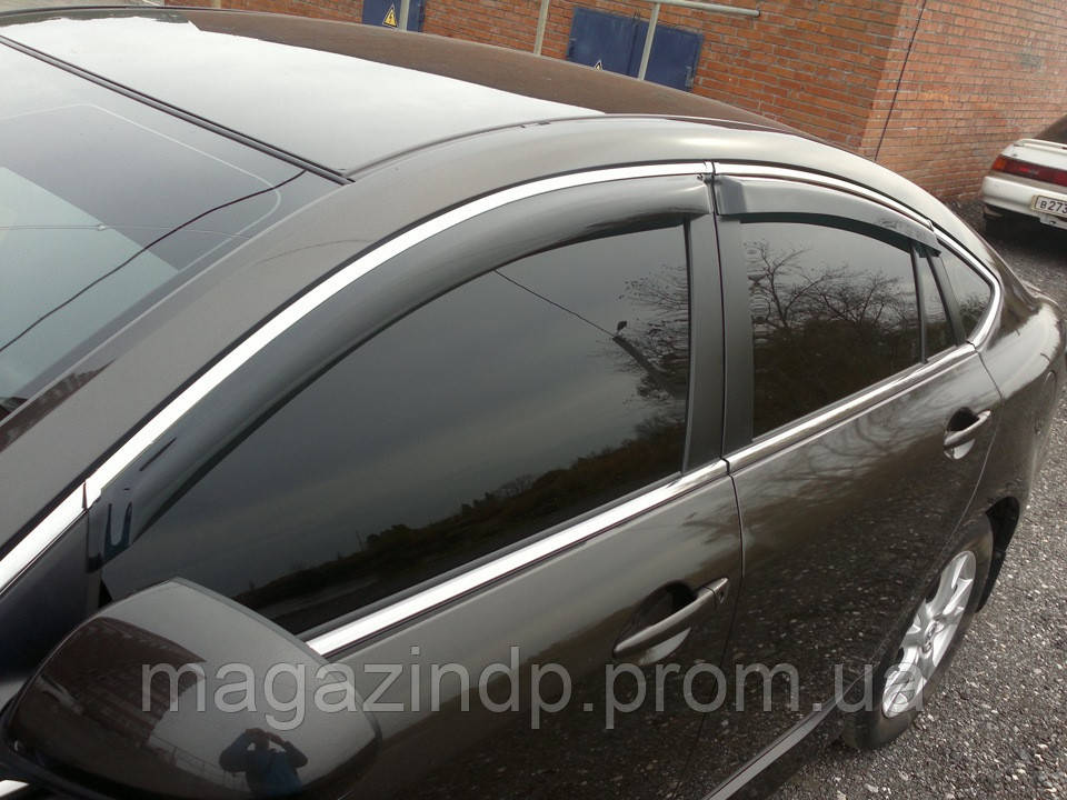 Дефлекторы окон (ветровики) BMW 5 Series Е60 2003-2010 Хром молдинг Код:280967873