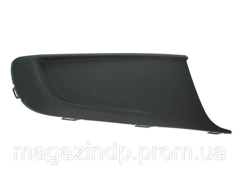 Решетка в бампер Volkswagen Caddy/Ton 10-15 правая без отверстий для противотуманок  7422 914, 2K5853666 Код:875317001