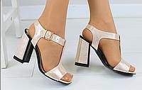 Босоножки золотистые кожаные на устойчивом каблуке, фото 1
