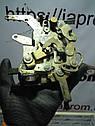Замок двери (механизм) боковой правый Mercedes Vito W638 1995—2003г.в., фото 4