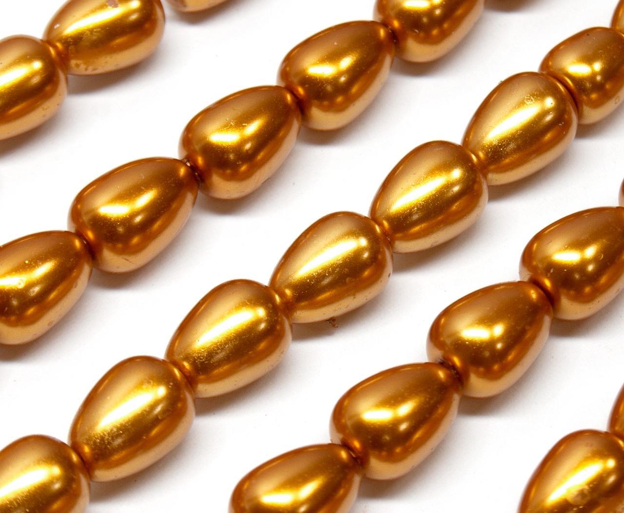 Жемчуг стеклянный  капля 11х8мм   пачка - примерно 50 шт, цвет - золотой глянцевый