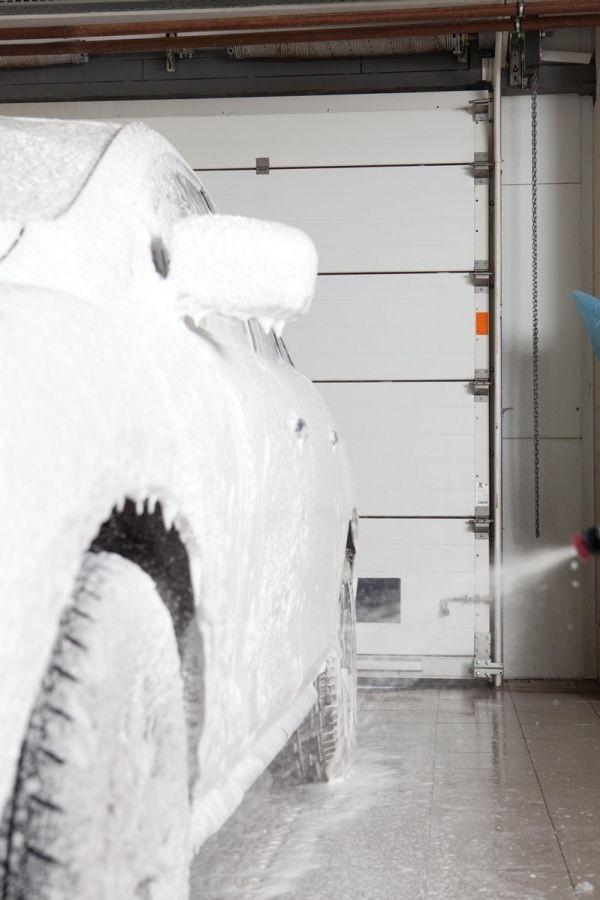 Надежная защита секционных ворот - комплекты Экстра для особо влажных помещений