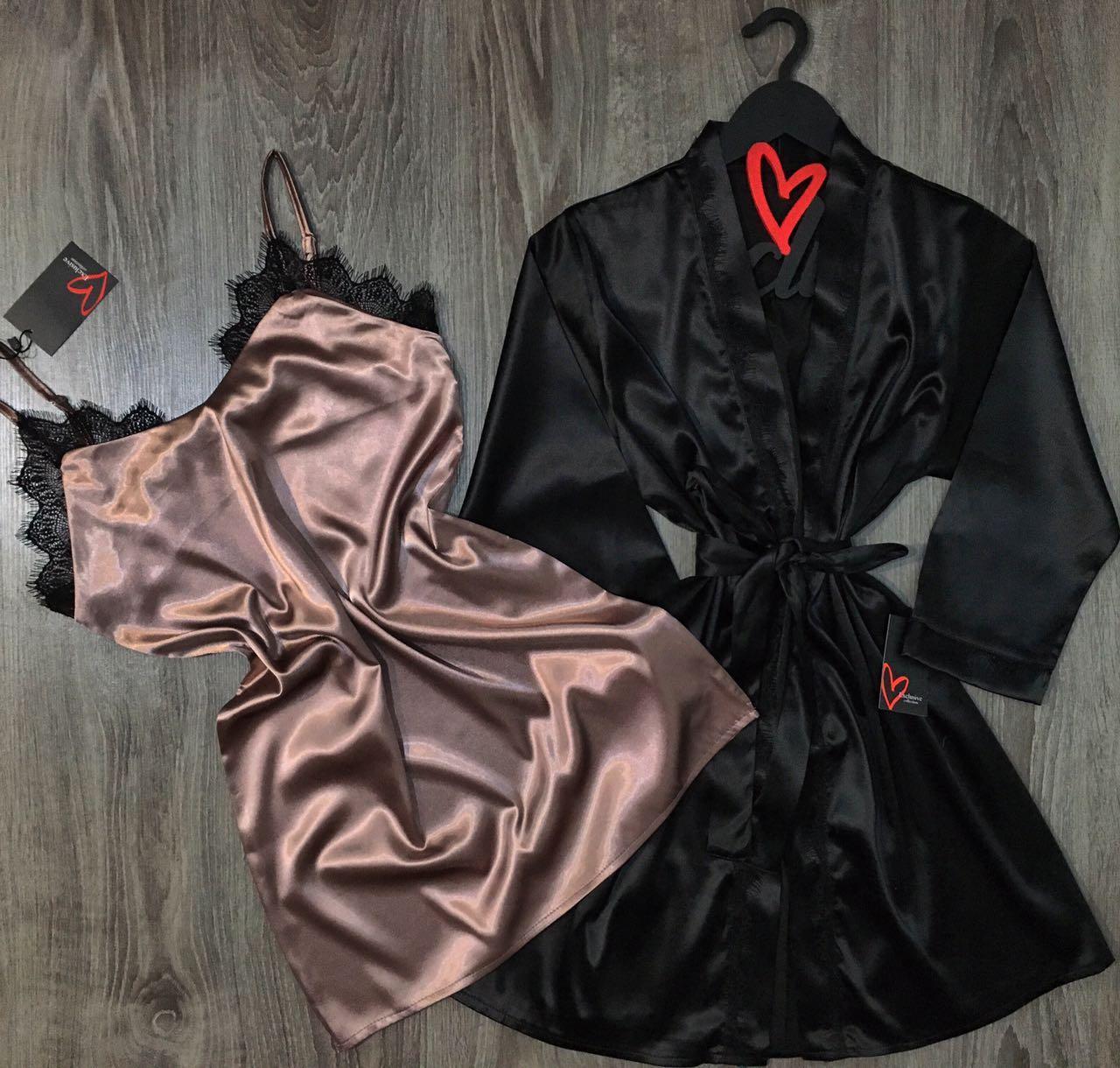 Шелковый набор халат и сорочка.