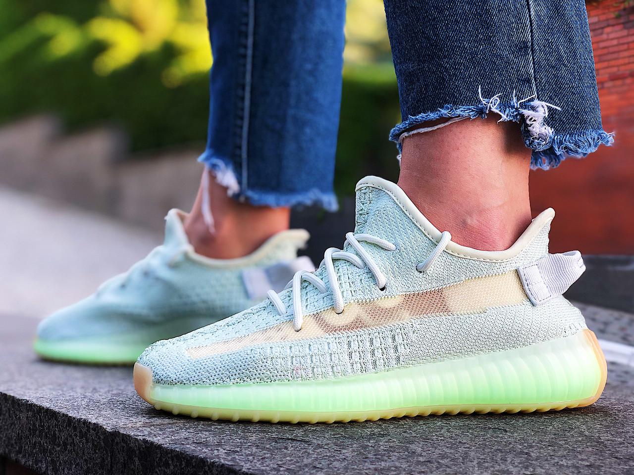 Кроссовки женские Adidas Yeezy 350 Boost V2 (Размеры:39,41)