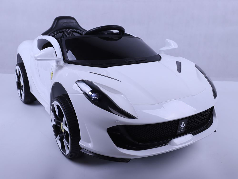 Эл-мобиль T-7641 EVA WHITE легковая на Bluetooth 2.4G Р/У 12V4.5AH мотор 2*25W с MP3 122*70.3*50 /1