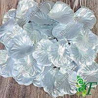 Лепестки розы серебро