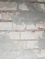 Виниловые обои на флизелиновой основе Ugepa Reflets L77609 светло серые под кирпич и серую штукатурку 3d, фото 1
