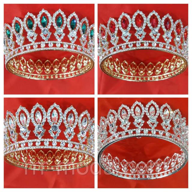 Круглые золотые и высокие короны с цветными камнями. Свадебные аксессуары оптом из Китая. Фото.