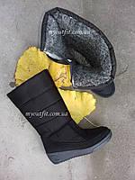 Зимові чоботи жіночі Чорні високі дутіки на блискавці